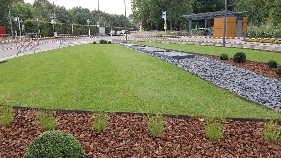 Aménagement d'espaces verts : Travaux publics - fin