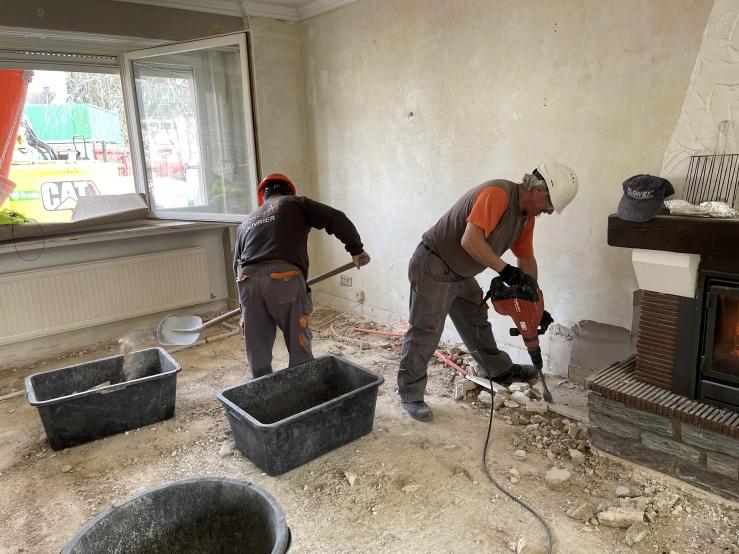 Démolition - curage de bâtiment : démolition d'une chappe