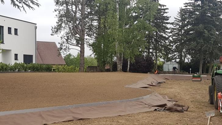 Aménagement d'espaces verts : traitement avant arrosage gazon