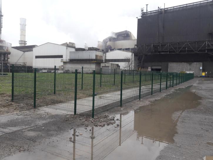 Installation Portails - clôtures : sécurisation d'un accès avec barrières
