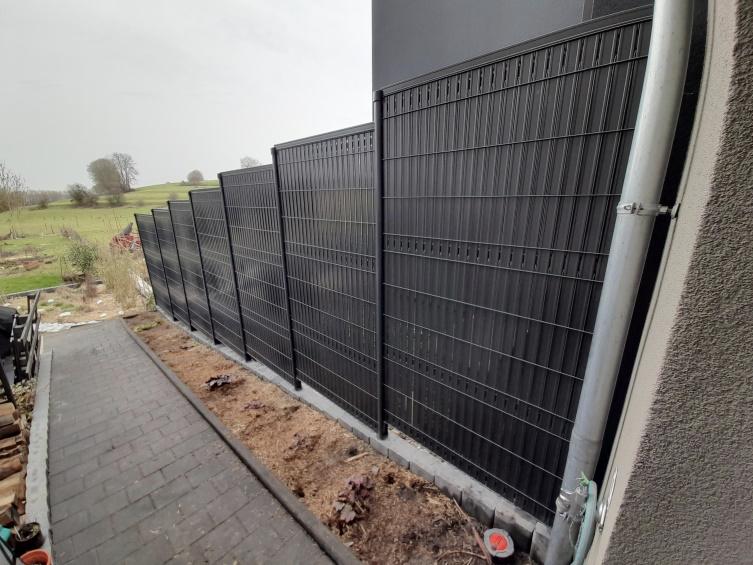 Installation Portails - clôtures : Barrière avec occulation